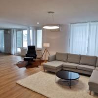 5 a viac izbový byt, Bratislava-Staré Mesto, 214 m², Kompletná rekonštrukcia