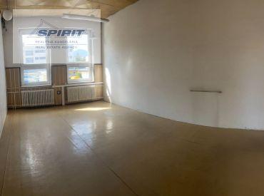 Kancelárske priestory - centrum mesta - Liptovský Mikuláš – 26 m2