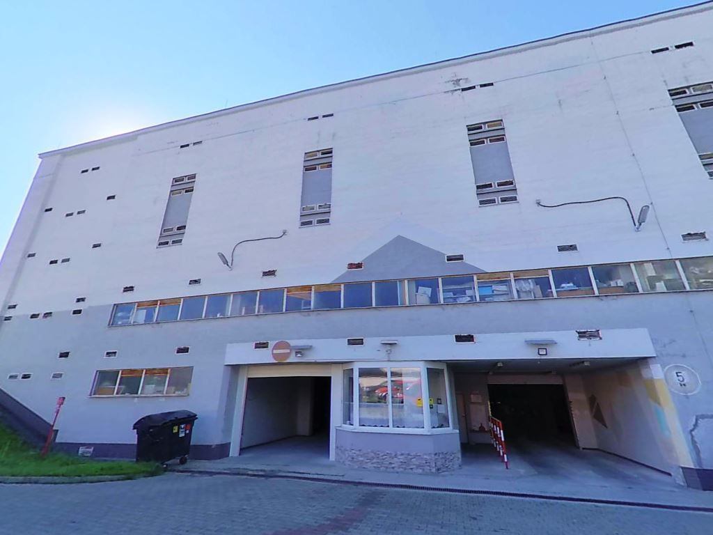 PREDANÉ garáž, Banská Bystrica, sídlisko Sásová - 4