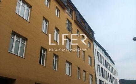 NA PREDAJ  1 izbový byt v centre mesta Žilina