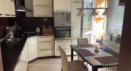 Ponúkame exkluzívne na predaj 3 - izbový byt v Holíči