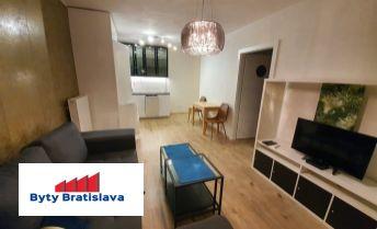 Províziu neplatíte !! RK Byty Bratislava prenajme 2-izb. byt v novostavbe Muchovo nám.,BA V.