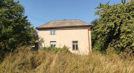 Predaj rodinného domu v obci Hrušov.