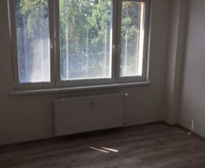 Na prenájom garsónka 23 m2 Handlová FM1157