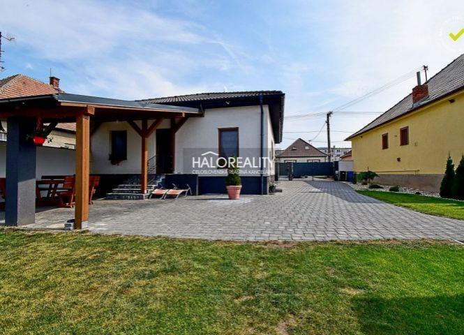 Rodinný dom - Oponice - Fotografia 1