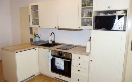 Zrekonštruovaný 2 a 1/2 izbový byt s lodžiou 47 m2 na Kyjevskej ul. v Trenčíne Juh II