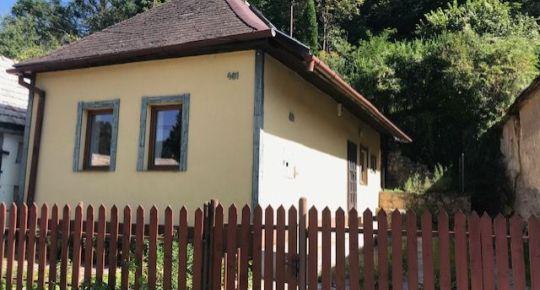 Exkluzívne Vám ponúkame na predaj rodinný dom v obci Divín