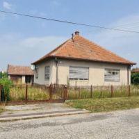 Rodinný dom, Práznovce, 100 m², Pôvodný stav