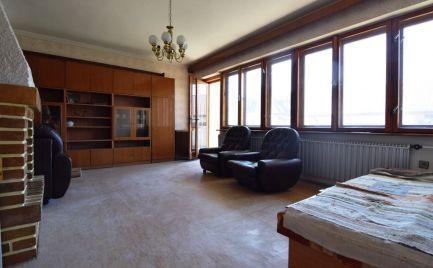 EXKLUZÍVNE - Veľký dvojpodlažný rodinný dom Vrútky