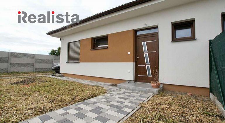REZERVOVANÉ - Novostavba - zariadený 3i rodinný dom na predaj v Dunajskej Strede