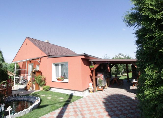Rodinný dom - Bošany - Fotografia 1