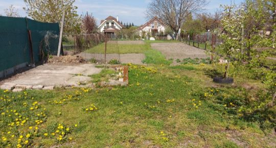 Na predaj pozemok-záhrada 848m2 Ostrov pri Piešťanoch
