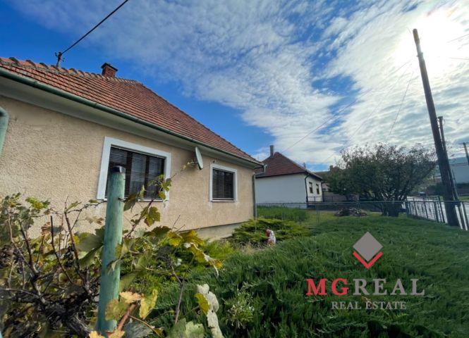 Rodinný dom - Súlovce - Fotografia 1