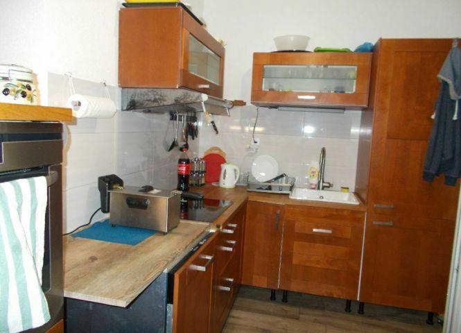 2 izbový byt - Vyhne - Fotografia 1