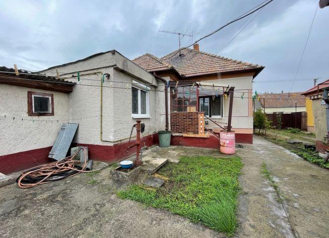 Rodinný dom - Palárikovo - Fotografia 1