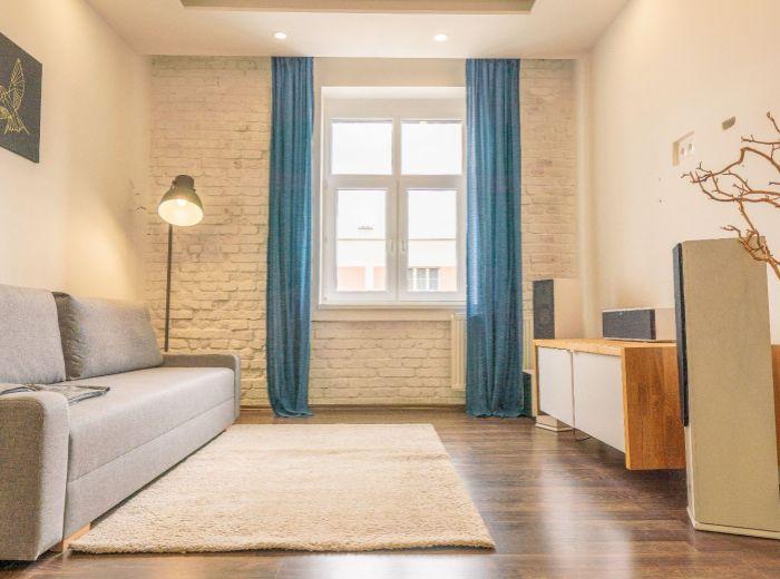 TRNAVSKÉ MÝTO, 2-i byt, 88m2 - PARKING V CENE, TOP lokalita, klimatizácia, KOMPLETNÁ REKONŠTRUKCIA