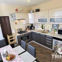 4 izbový byt, Nové Zámky, 84 m², Kompletná rekonštrukcia