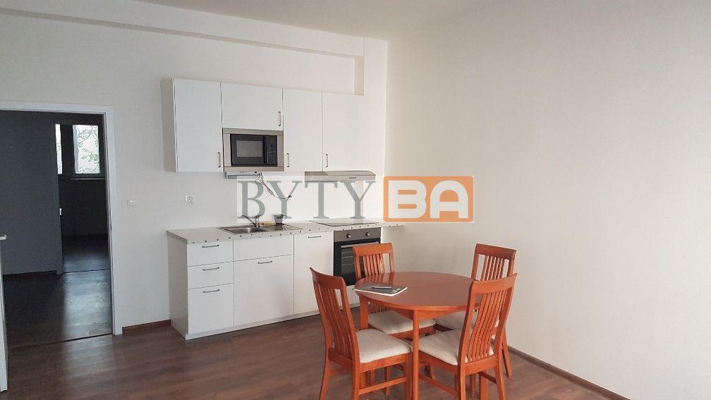 Iný-Predaj-Bratislava - mestská časť Staré Mesto-279 000 €