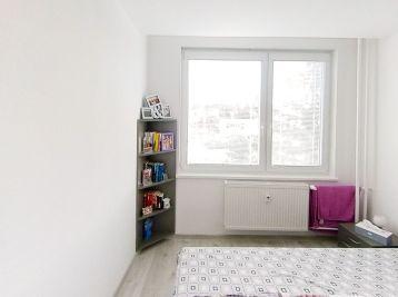 N036-114-MAHO3  - Na predaj 4-izbový byt Dargovských Hrdinov s loggiou  / 91 m2 /
