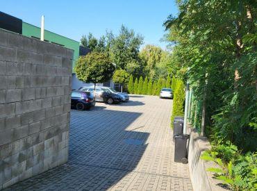 Krásny priestranný 2-izbový byt s parkovaním a záhradkou