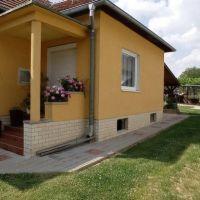 Rodinný dom, Trávnica, 110 m², Pôvodný stav