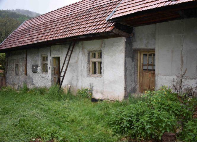 Rodinný dom - Nitrianske Sučany - Fotografia 1