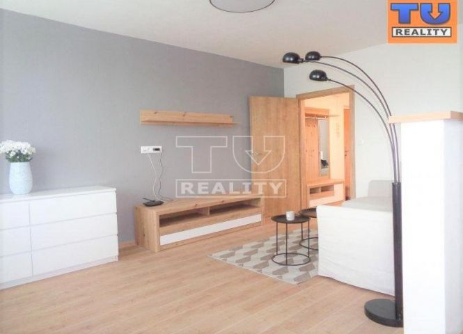 3 izbový byt - Lučatín - Fotografia 1
