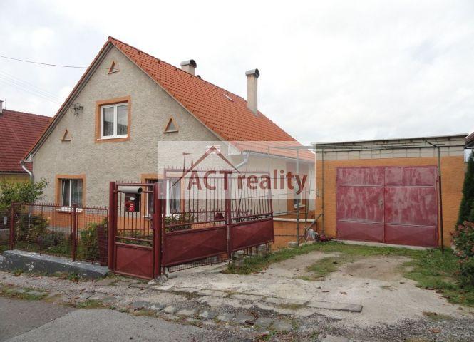 Rodinný dom - Prievidza - Fotografia 1