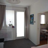 2 izbový byt, Levice, 48 m², Čiastočná rekonštrukcia