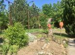 BA-Devinske jazero: záhrada s možnosťou výstavby