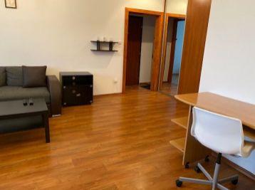 BA II. Na prenajom 2 izbový byt na Mierovej ulici v Ružinove