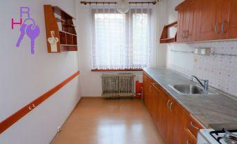 Vzdušný 4izbový byt s balkónom na Považskej ulici , 83 m2, na predaj