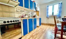 3 izbový tehlový svojpomocný byt s garážou, Komárno