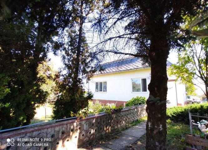 Rodinný dom - Bajany - Fotografia 1