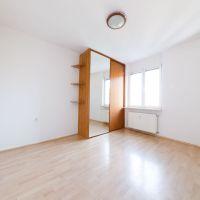 1 izbový byt, Bratislava-Nové Mesto, 21 m², Čiastočná rekonštrukcia