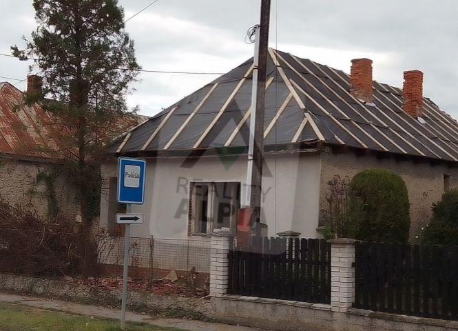 Rodinný dom - Streda nad Bodrogom - Fotografia 1