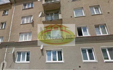 ZĽAVA !!!   Veľký tehlový 1 izbový byt 43 m2,    B. Bystrica – po novej kompletnej rekonštrukcii - cena 114 000 Eur