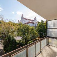 3 izbový byt, Bratislava-Staré Mesto, 82 m², Pôvodný stav