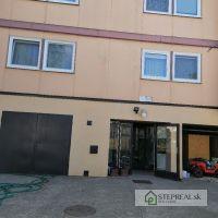 4 izbový byt, Jarok, 368.78 m², Kompletná rekonštrukcia