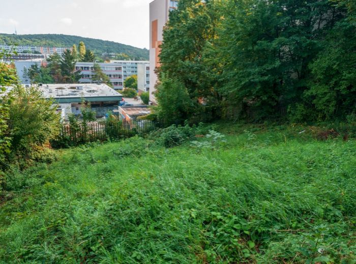 KUKLOVSKÁ, pozemok 566 m2 - DEVELOPERSKÝ PROJEKT do 4 nadzemných podlaží, všetky IS, TOP LOKALITA