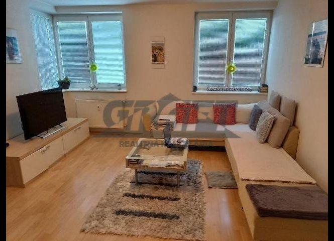 1 izbový byt - Bratislava-Vrakuňa - Fotografia 1