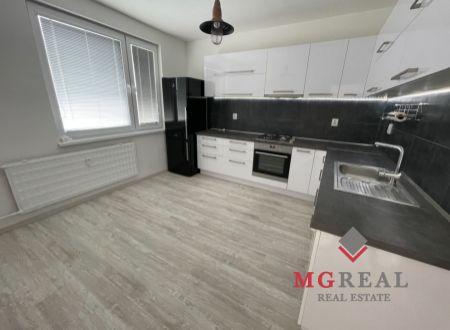 1 izbový byt s balkónom Bošany / VYPLATENA ZALOHA