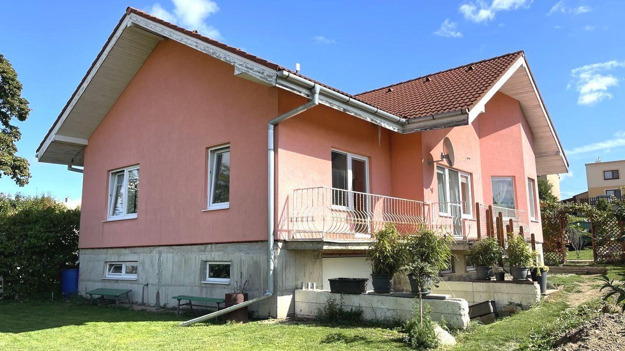 Rodinný dom-Predaj-Huncovce-225 000 €