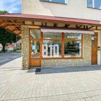 Obchodné, Púchov, 50 m², Čiastočná rekonštrukcia