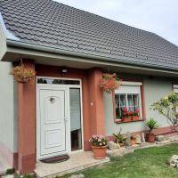 Vidiecky dom, Holice, 100 m², Kompletná rekonštrukcia