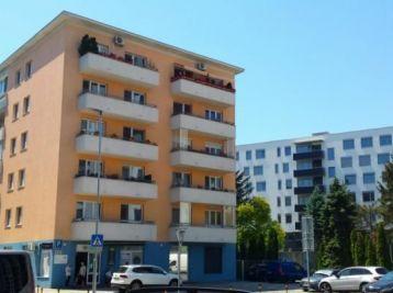 BA II. Ružinov - 1 izbový zariadený  byt na Hraničnej ulici
