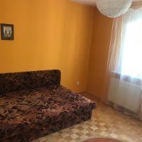 3 izbový byt, Bratislava-Nové Mesto, 74 m², Čiastočná rekonštrukcia