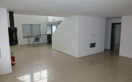 Na prenájom nadštandardná kancelárska jednotka o výmere 240,84 m2 v Dúbravke.