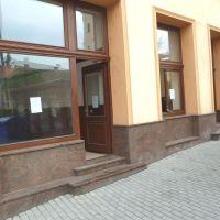 Obchodné, Lučenec, 73 m², Čiastočná rekonštrukcia