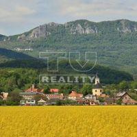 Pre rodinné domy, Pruské, 560 m², Čiastočná rekonštrukcia